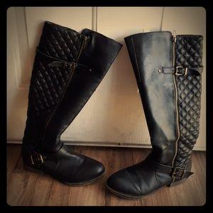Steve Madden Black Quakee Riding Boots. Size 8.5